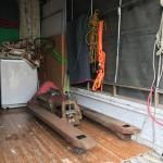 工場の壊れたハンドリフト、工具等の回収・処分