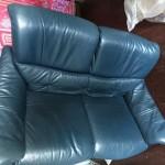 革のソファー