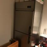 台東区で業務用冷蔵庫、調理器具、食器等の回収・処分!
