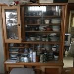 食器の入った食器棚