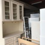 回収した食器棚