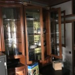 杉並区成田東にて大型金庫、飾り棚 家具・家電中心の回収と処分